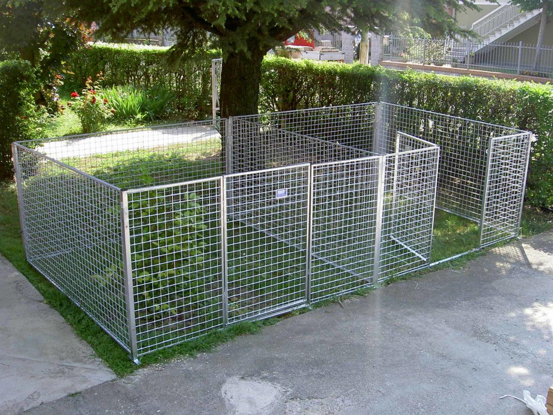 Recinto per cani in rete modulare per grandi cuccioli e for Recinto per cani taglia grande