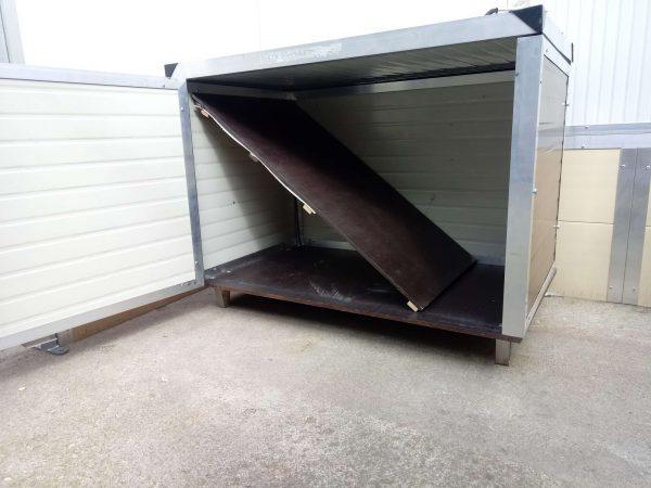 cuccia coibentata a tetto pari riscaldata