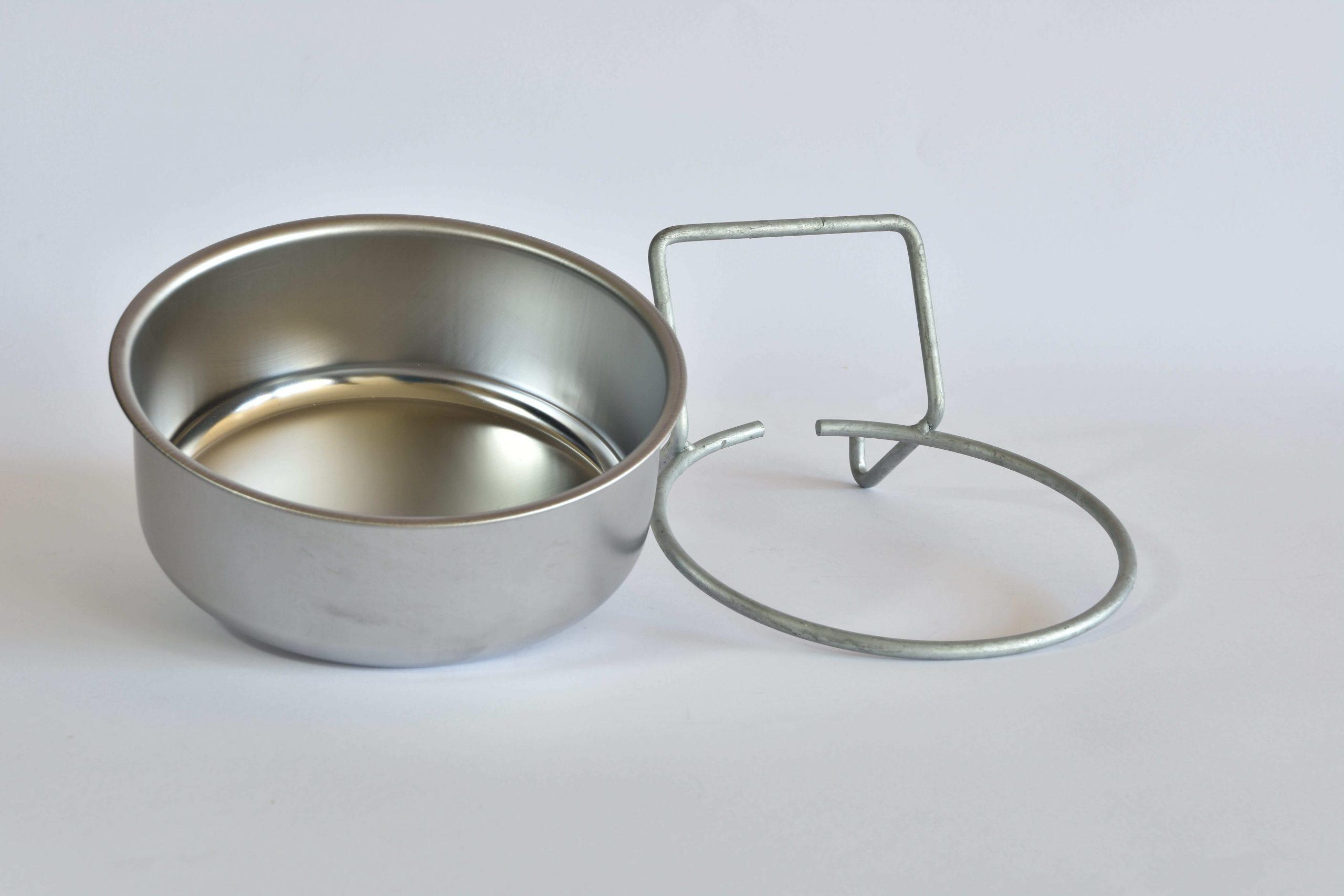 ciotola in acciaio alta con anello di supporto