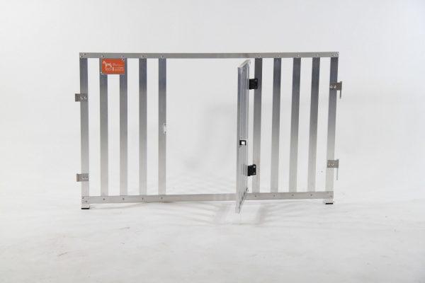 Pannello in Stecche d'alluminio con Porta